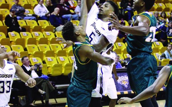 Men's Basketball vs. George Mason University 002 - Burke