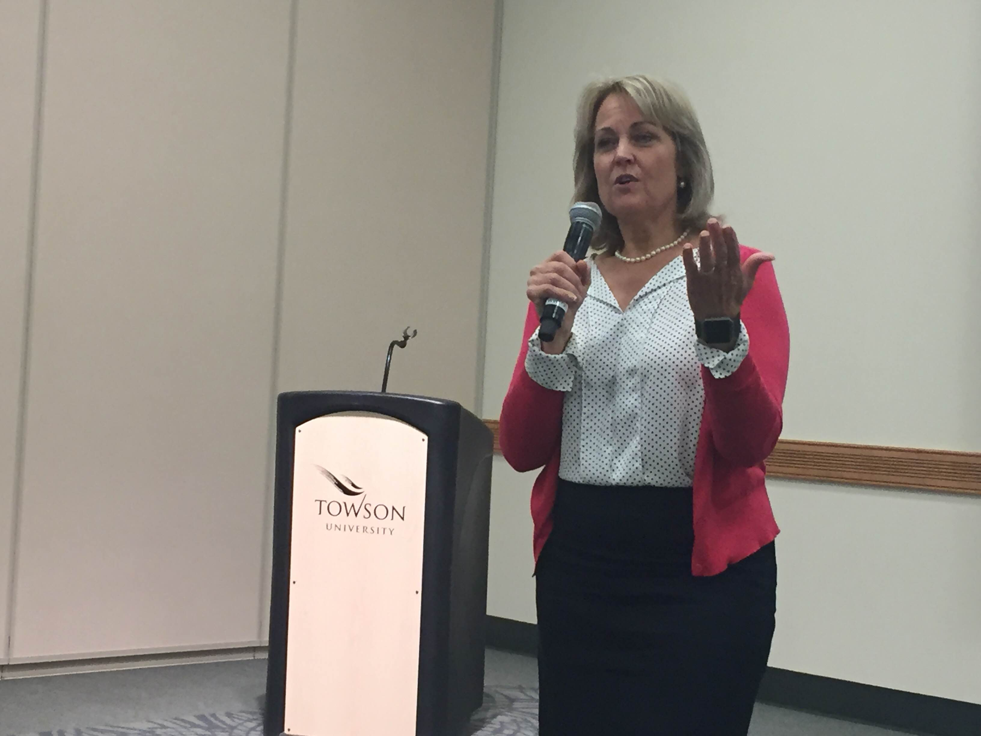 Del. Kathy Szeliga speaks to students at Towson. Photo by Cody Boteler